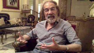 حساب مزيف يثير شائعات حول مرض الفنان محمود ياسين