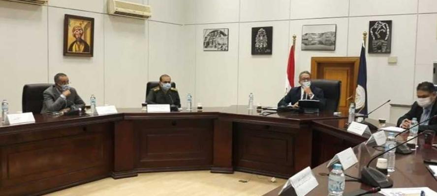 «السياحة والآثار» : نقل المومياوات من التحرير إلى المتحف الكبير في موكب ملكى