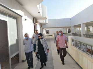 """""""المغربى"""" تبحث إنشاء مدرسة ثانوية فنية لمياه الشرب والصرف الصحى في بسفاجا"""
