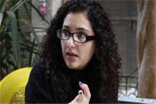 """رواد السوشيال يهاجمون""""منى سيف"""": احترفتي العمالةمن أجل جواز السفر البريطاني"""