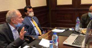 وزير الرياضة ورئيس الاتحاد الدولى لليد يجتمعان بمديرى صالات المونديال