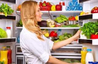 منها الموز والبطاطس.. أطعمة يُفضل حفظها خارج الثلاجة !