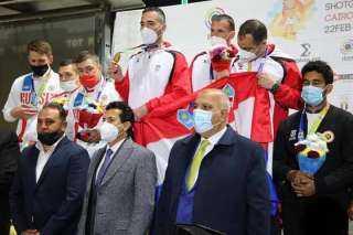 وزير الرياضة يهني لاعبي المنتخب الوطني ببرونزية كأس العالم للرماية بفرق التراب