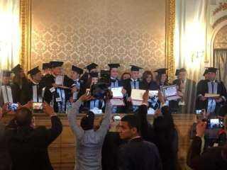 الأمم المتحدة للفنون تكرم قيادات بارزة بمصر والوطن العربي على هامش ندوة دور الفن والإعلام في مواجهة جائحة كورونا
