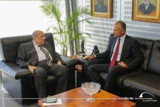 مدير مكتبة الإسكندرية يستقبل السفير الأمريكي