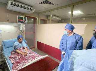 فى ملحمة إنسانية تٌعبر عن الوفاء : زوج يتبرع بفص من الكبد ﻟ زوجته المريضة وإجراء العملية بنجاح بمستشفيات جامعة الزقازيق (صور)