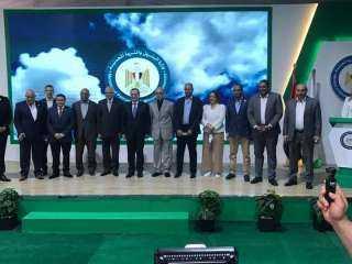 رئيس طاقة البرلمان برفقة وزير البترول ومحافظ الجيزة يفتتحون محطة تموين سيارات بالغاز الطبيعي بطريق مصر اسكندريه الصحراوي
