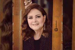 """نهال عنبر: «""""مقدرش أصرح بأي تصريحات عن الحالة الصحية للفنانة دلال عبدالعزيز"""""""