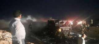 """""""حامد"""" يتابع اطفاء النيران بسيارة تريلا بطريق الغردقه غارب محملة بأجهزة برأس شقير"""