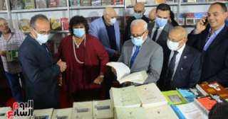 تعرف على إصدارات هيئة الكتاب الأكثر مبيعًا بمعرض بورسعيد