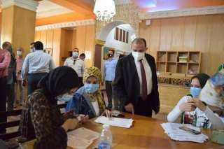 رئيس جامعة بنى سويف: توقيع الكشف الطبي على الطلاب الجدد وحصولهم على لقاح كورونا