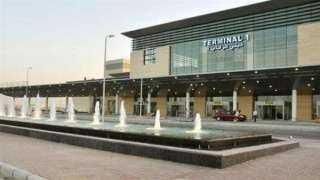 مطار برج العرب ينظم 100 رحلة دولية وداخلية وتجارية اليوم