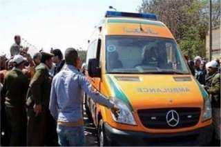 مصرع وإصابة 12 شخصا في انقلاب سيارة بطريق سوهاج - البحر الأحمر