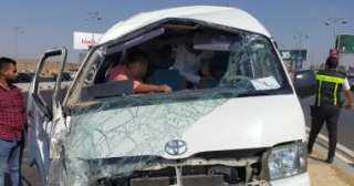 أثناء تقديم واجب العزاء ..سيارة تدهس 7 أشخاص بإحدى قرى الشرقية