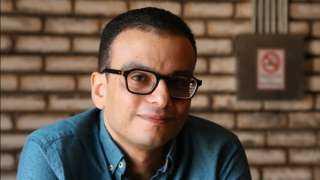 أمير رمسيس يسخر من شريف منير بعد انتقاده فيلم ريش